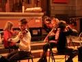 Concert  des petits élèves cordes du CRR. 2010. La consigne : jouer avec le même caractère que celui qui est en face de soi.