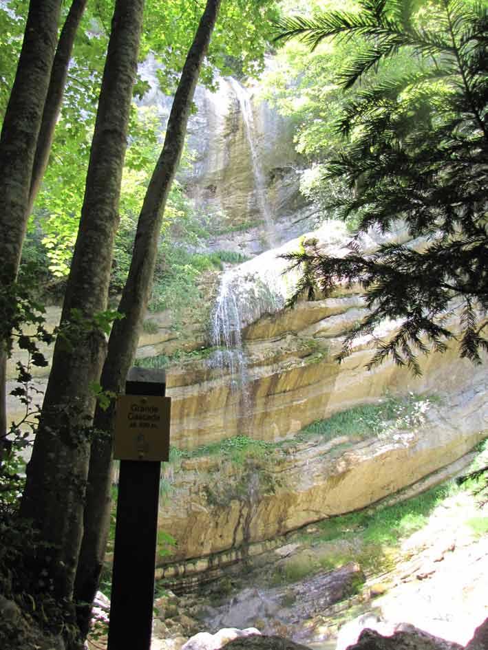 Belles Ombres Cascade